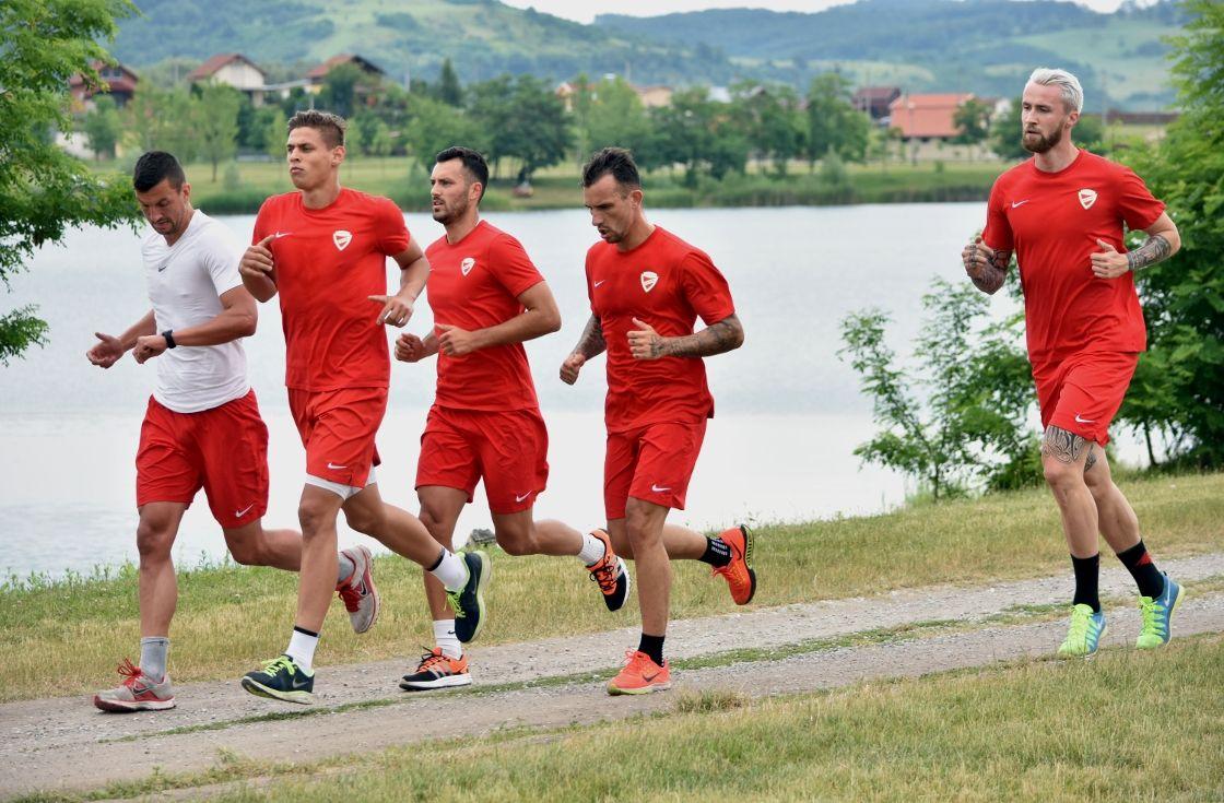 Futással teltek az első edzések